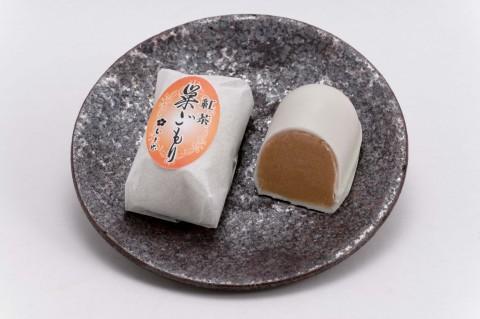 4月限定★今月の幸せ巣ごもりは紅茶巣ごもりです! 紅茶の茶葉を練りこんだ、紅茶餡をホワイトチョコレートで包んでいます。  手土産におすすめです♪